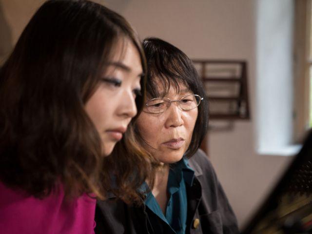 ZHU XIA-MEI: Como Bach derrotó a Mao