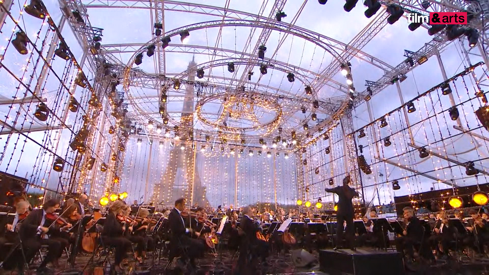 7ompjl4b25_concierto-paris-2020-prensa.00-03-08-05.imagen-fija001.jpg